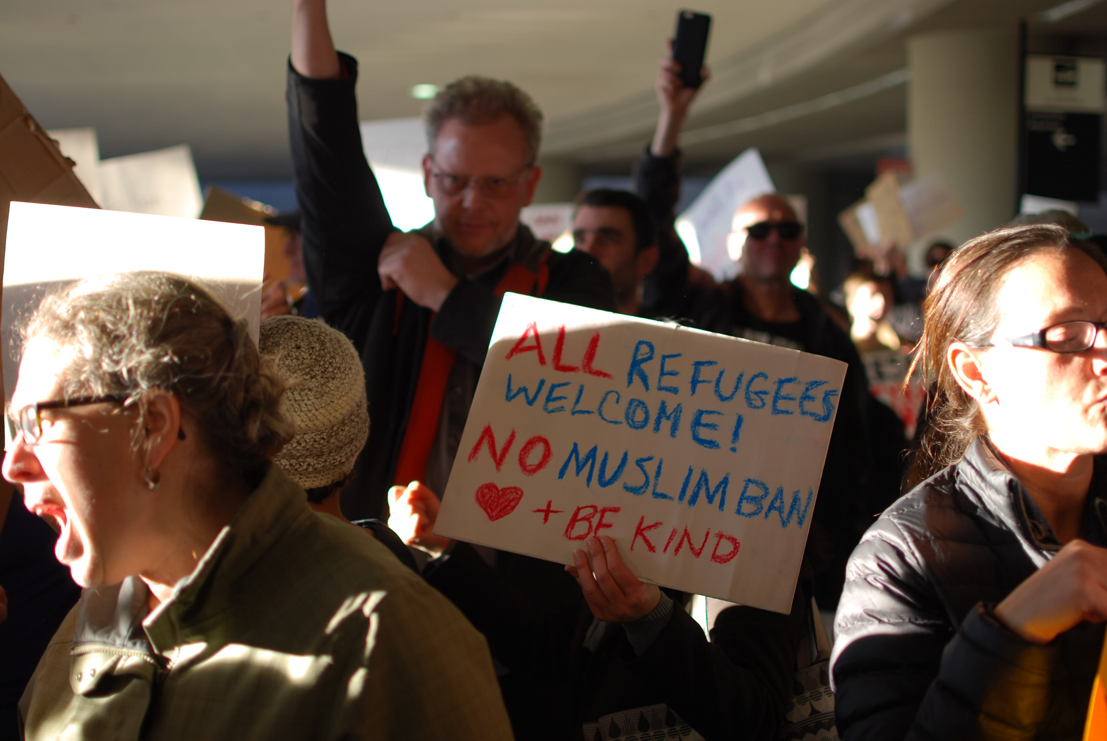 SFO-travel-ban-protest-love