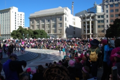 womens-march-oakland-crowd