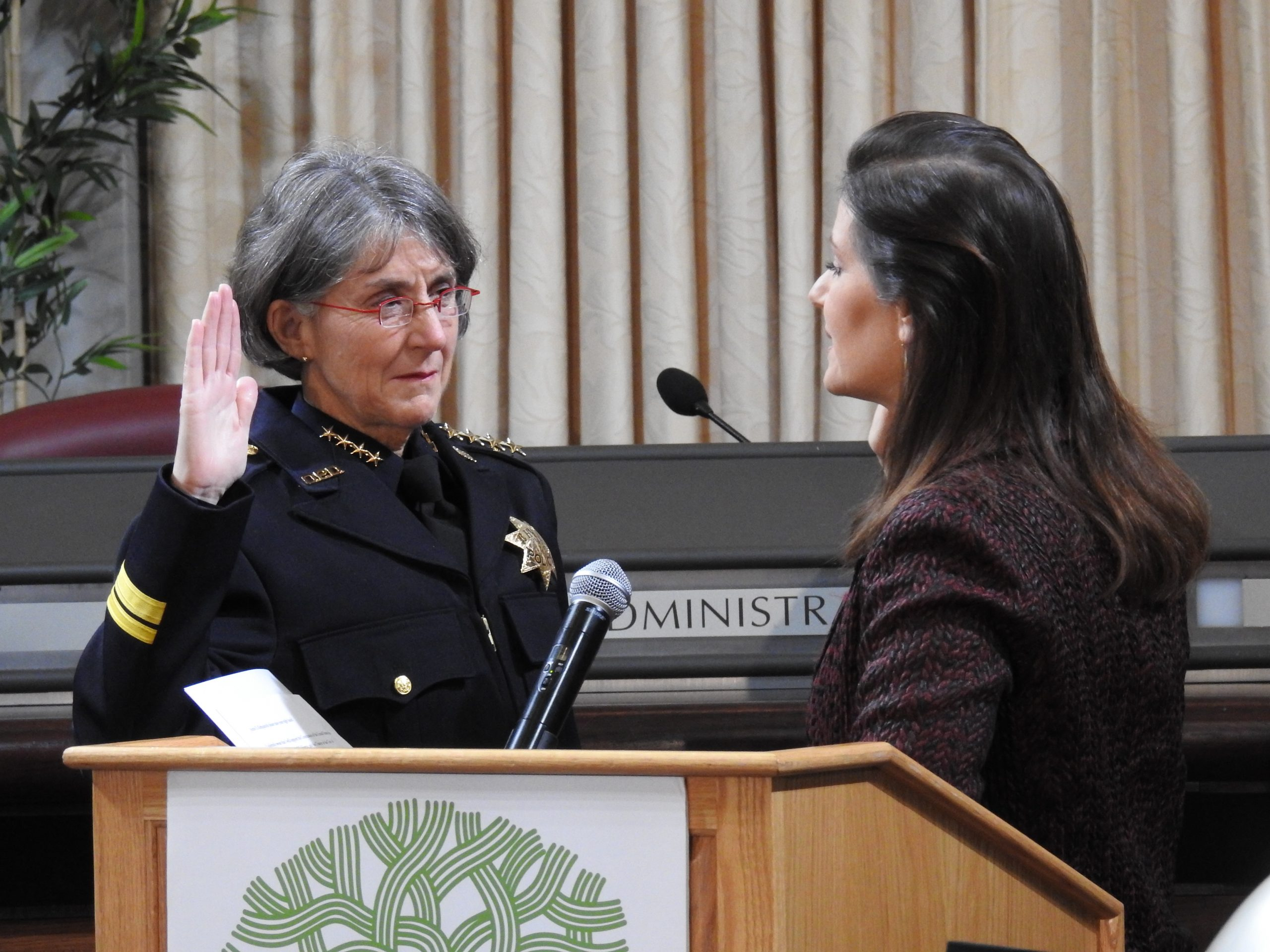 Anne Kirkpatrick sworn in as Oakland police chief by Mayor Libby Schaaf on Feb. 27, 2017. Photo by Scott Morris.